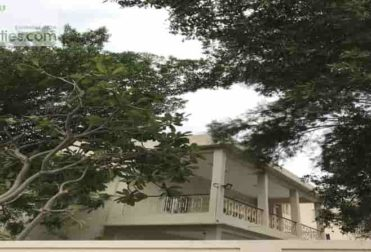 rent four-bedroom villa