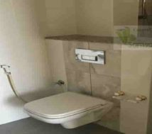 flat rent with two toilets